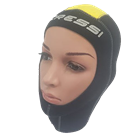 A comfortable hood made of good quality neoprene from Cressi
