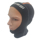 Hood made of soft top quality neoprene from Cressi